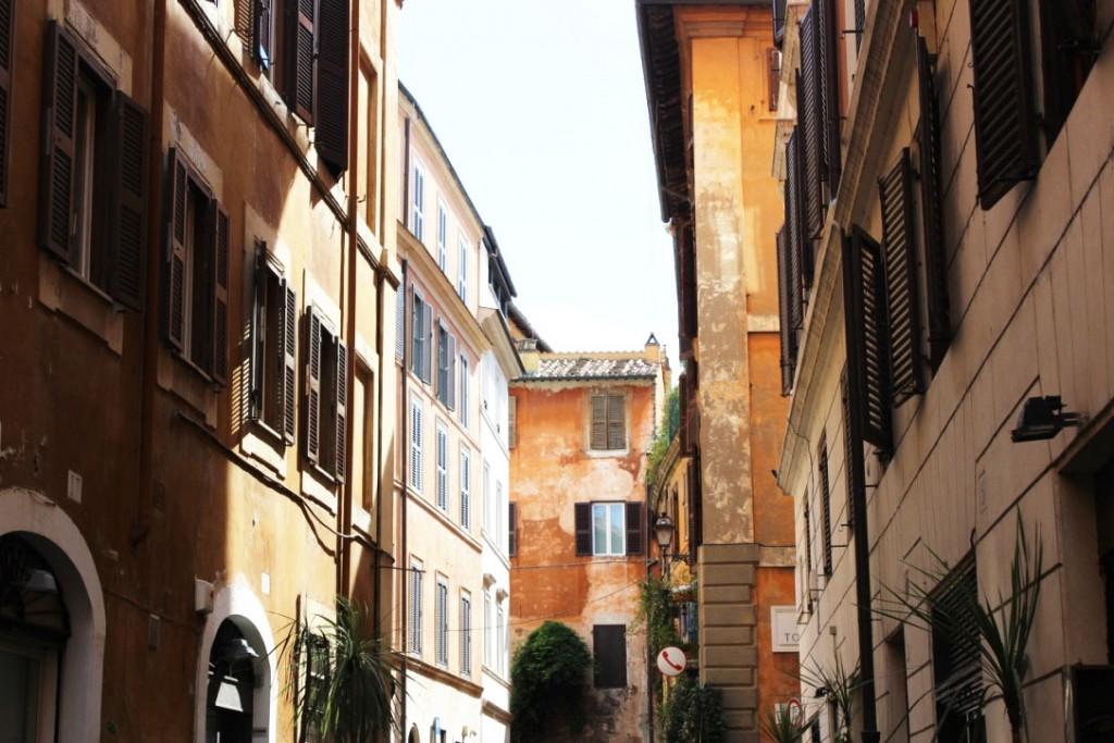 rome_rue_trois